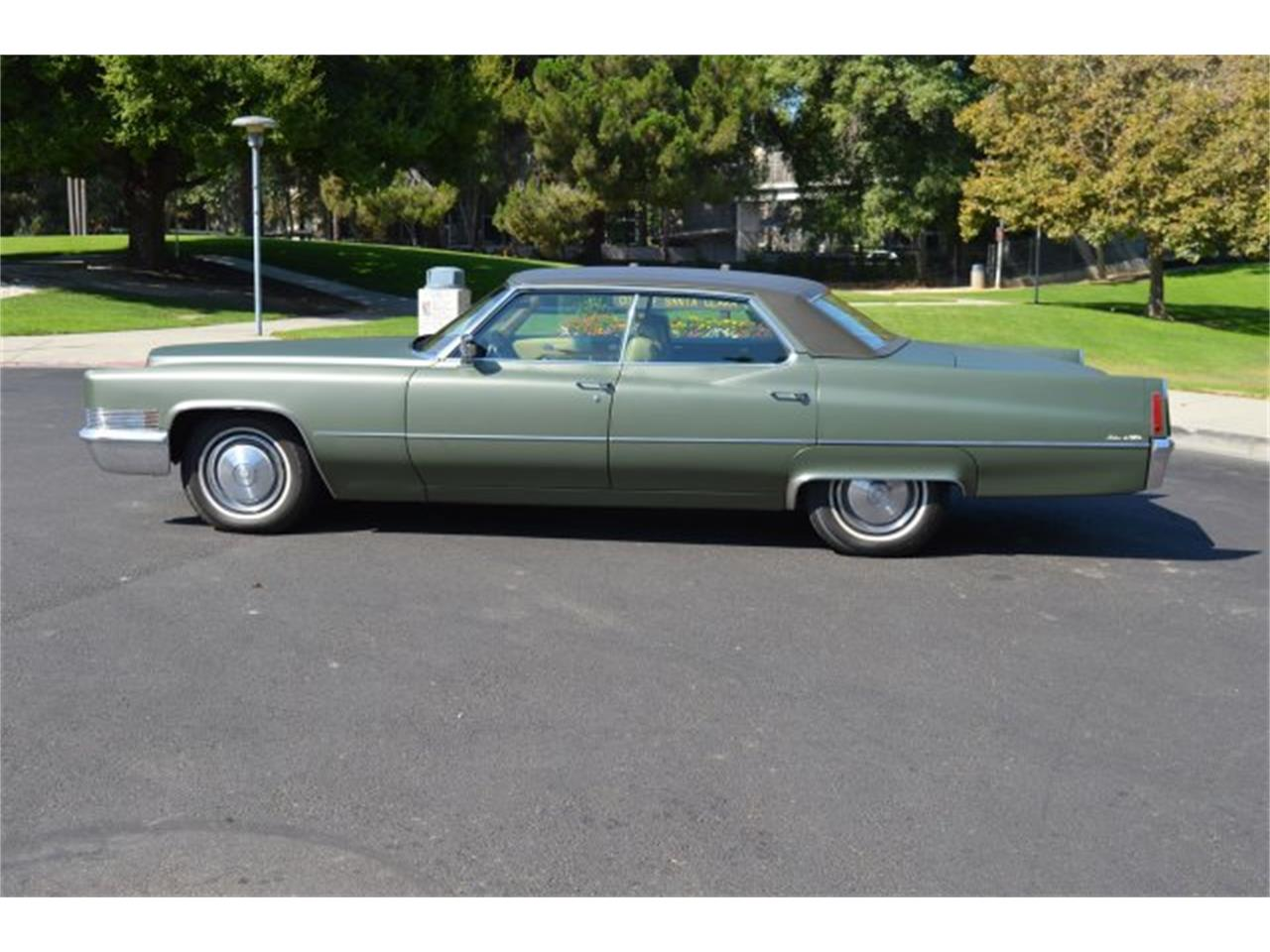 Large Picture of Classic 1970 Cadillac DeVille located in San Jose California - PCDX