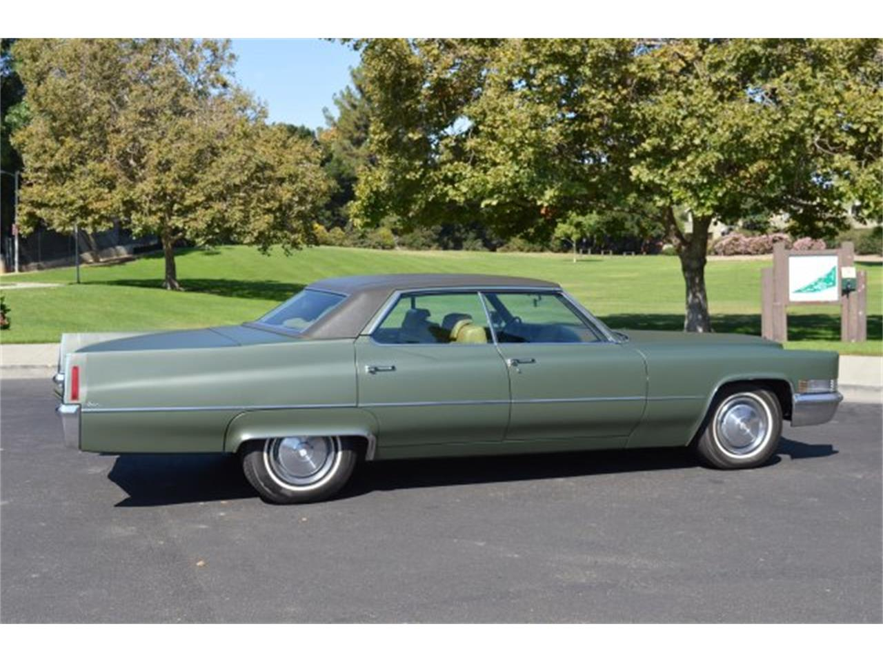 Large Picture of 1970 Cadillac DeVille - $11,900.00 - PCDX