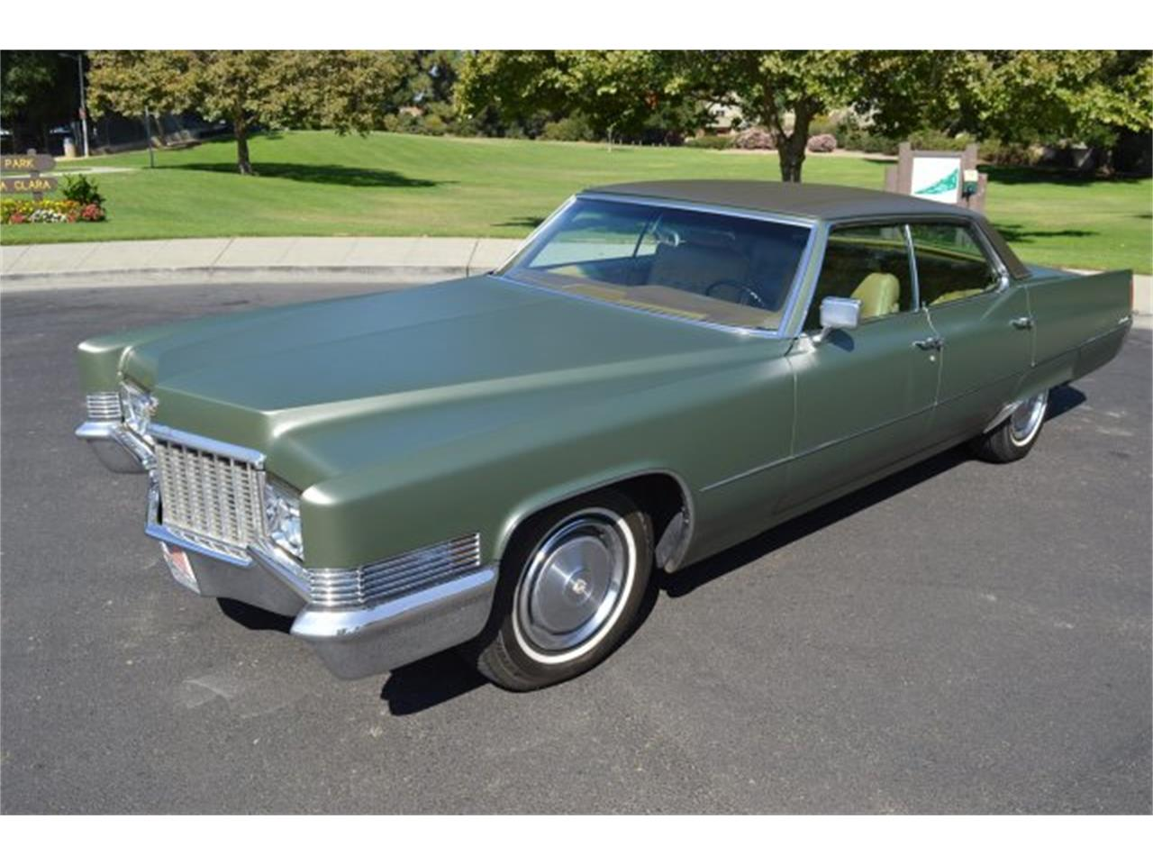 Large Picture of '70 Cadillac DeVille Offered by American Motors Customs and Classics - PCDX