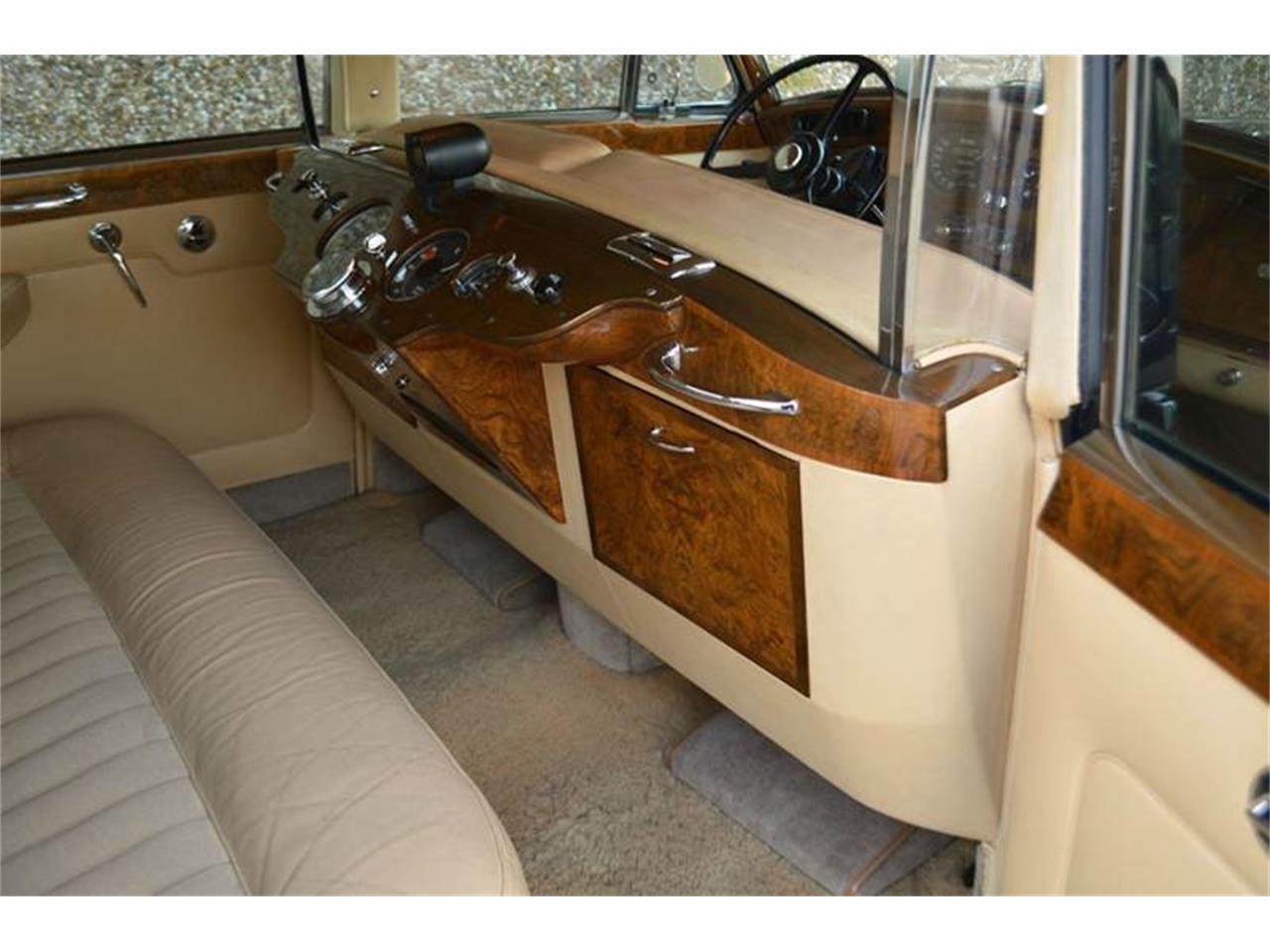 Large Picture of 1962 Rolls-Royce Silver Cloud II located in Illinois - $250,000.00 - PAP5