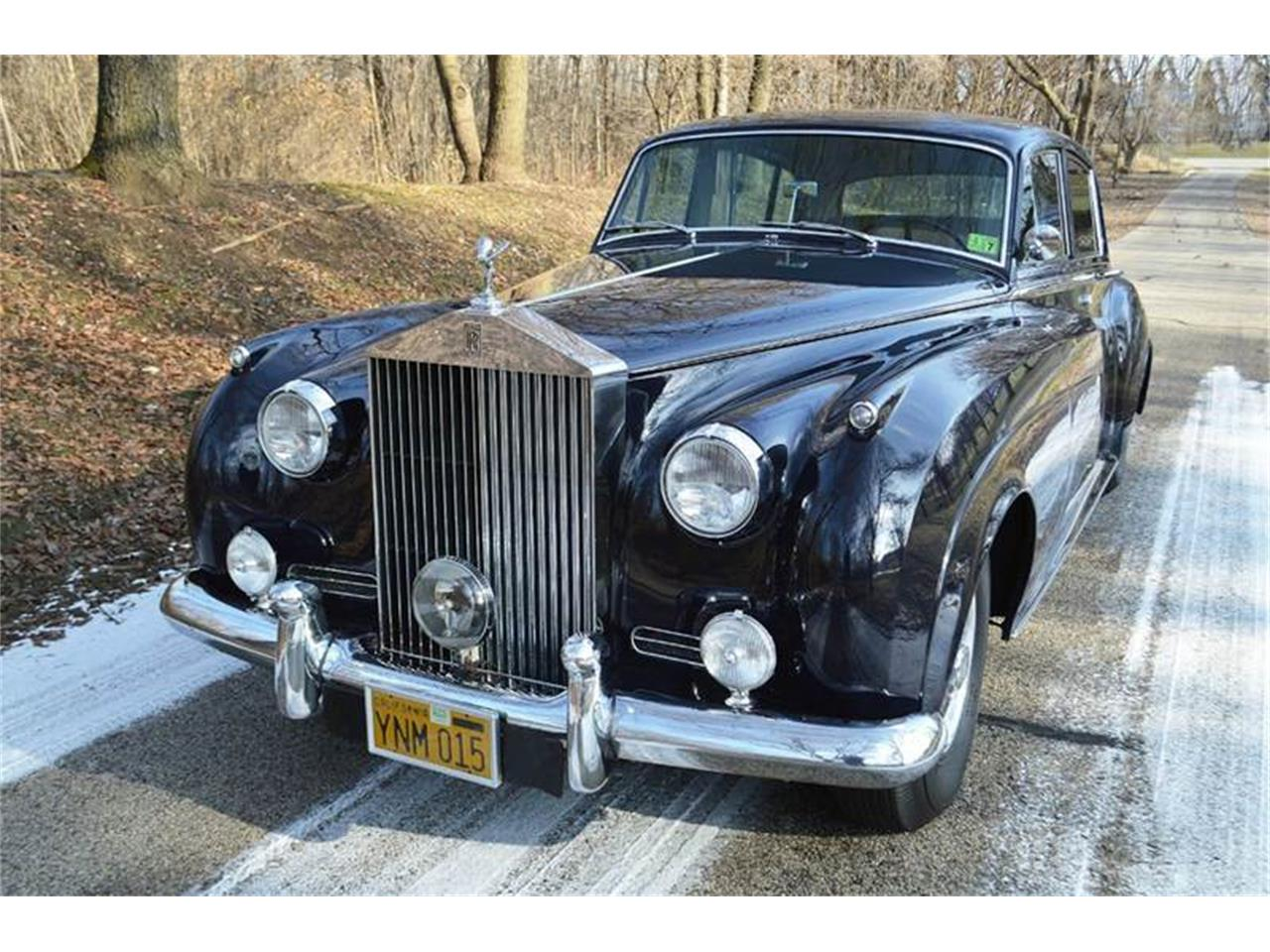 Large Picture of Classic 1962 Silver Cloud II located in Carey Illinois Offered by Park-Ward Motors - PAP5