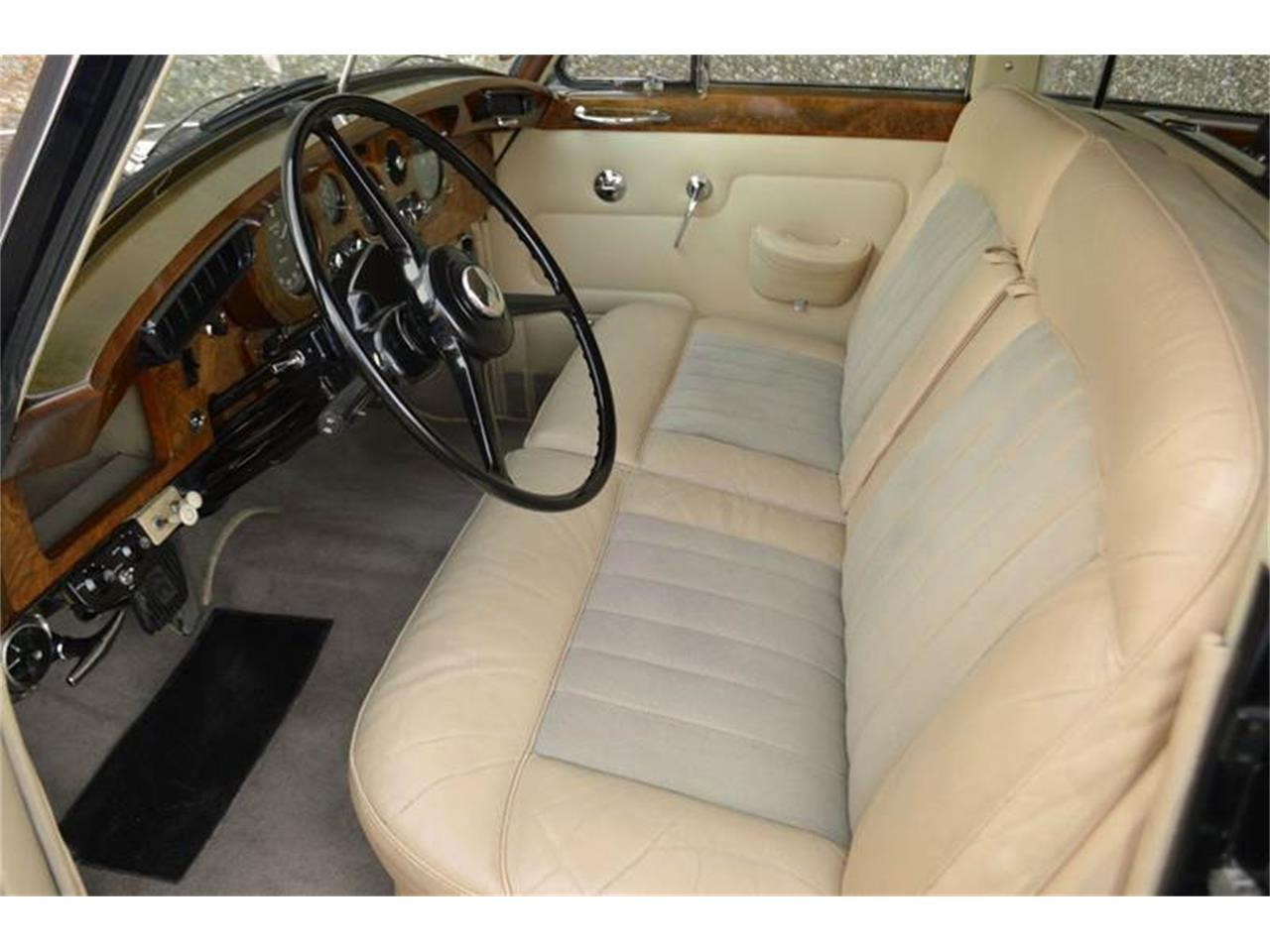 Large Picture of Classic 1962 Rolls-Royce Silver Cloud II located in Illinois - PAP5