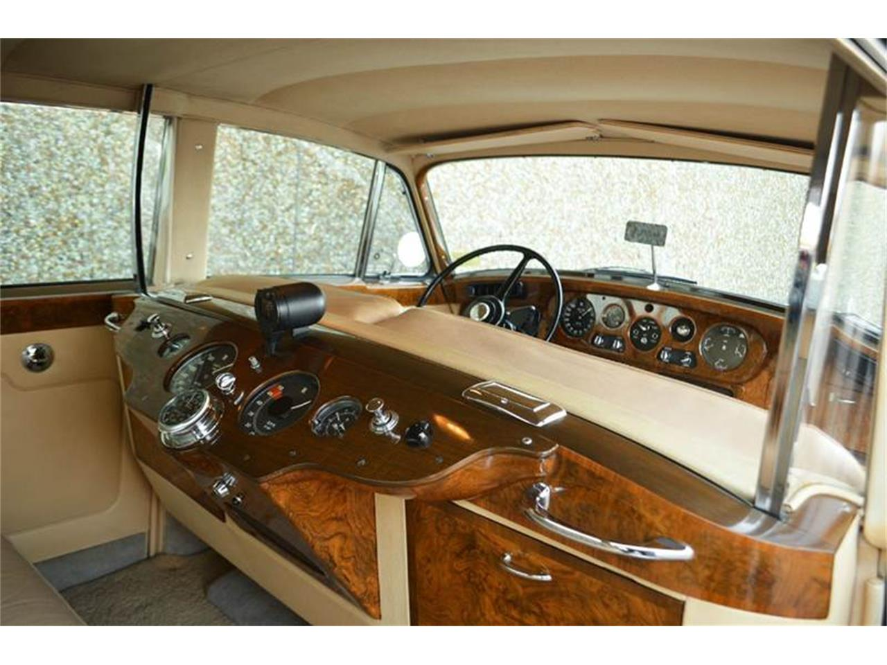 Large Picture of Classic '62 Rolls-Royce Silver Cloud II - $250,000.00 Offered by Park-Ward Motors - PAP5