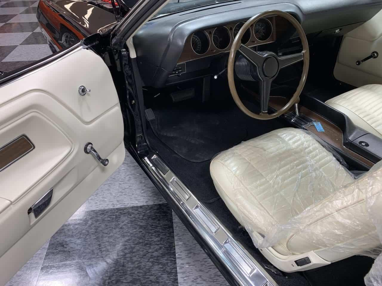 Large Picture of '70 Dodge Challenger located in Pennsylvania Offered by MAXmotive - PCS1