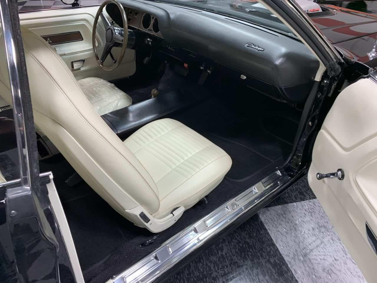 Large Picture of '70 Dodge Challenger Offered by MAXmotive - PCS1
