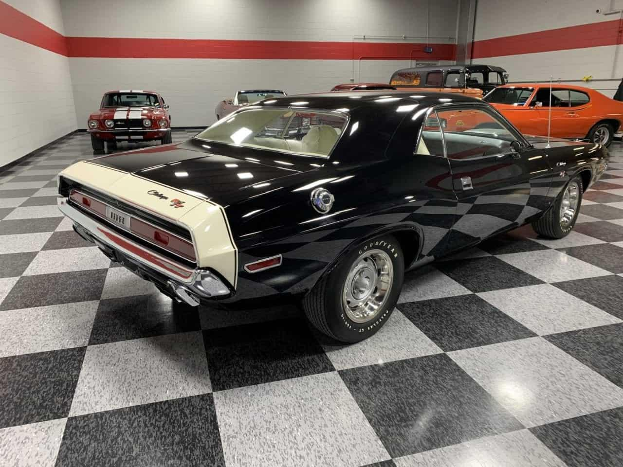 Large Picture of '70 Dodge Challenger located in Pittsburgh Pennsylvania Offered by MAXmotive - PCS1