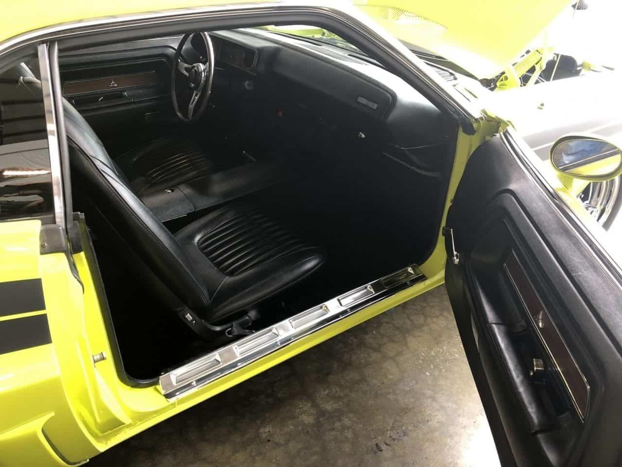Large Picture of '71 Challenger - PCTF
