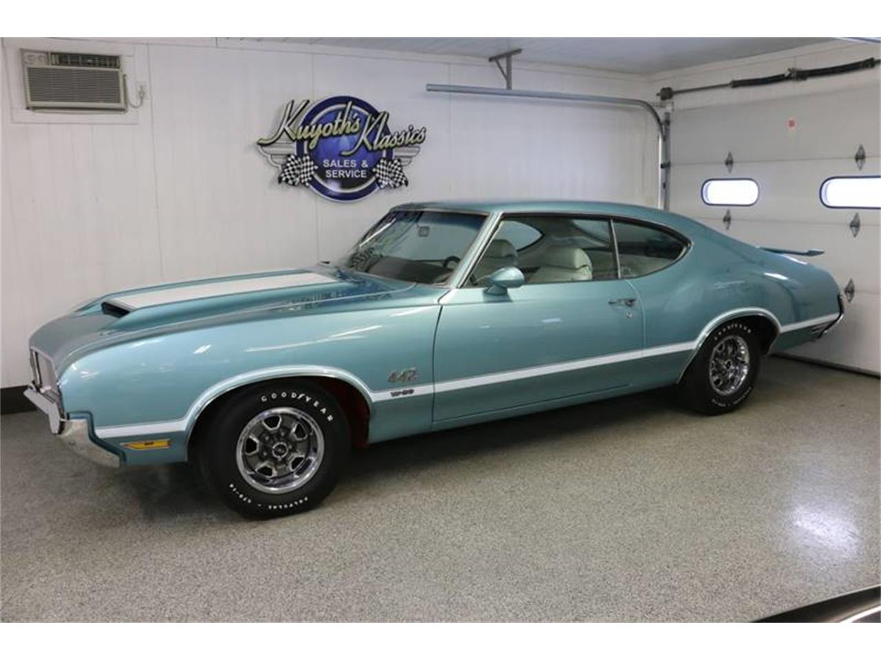 Large Picture of '70 Oldsmobile 442 - $69,000.00 - PD12