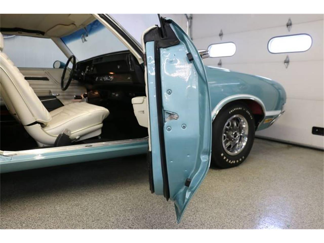Large Picture of 1970 Oldsmobile 442 located in Wisconsin Offered by Kuyoth's Klassics - PD12