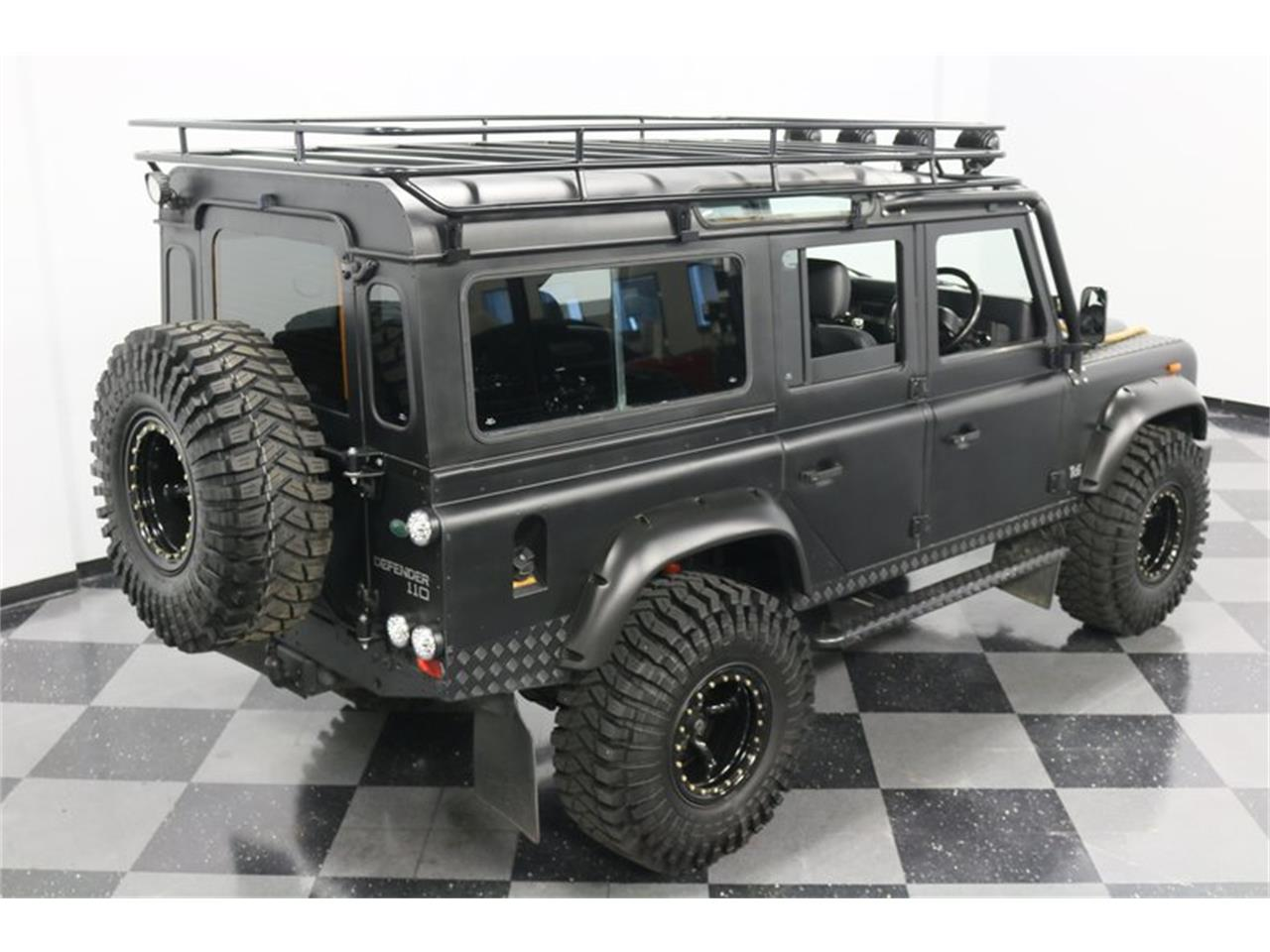 Large Picture of '91 Land Rover Defender - PD5S