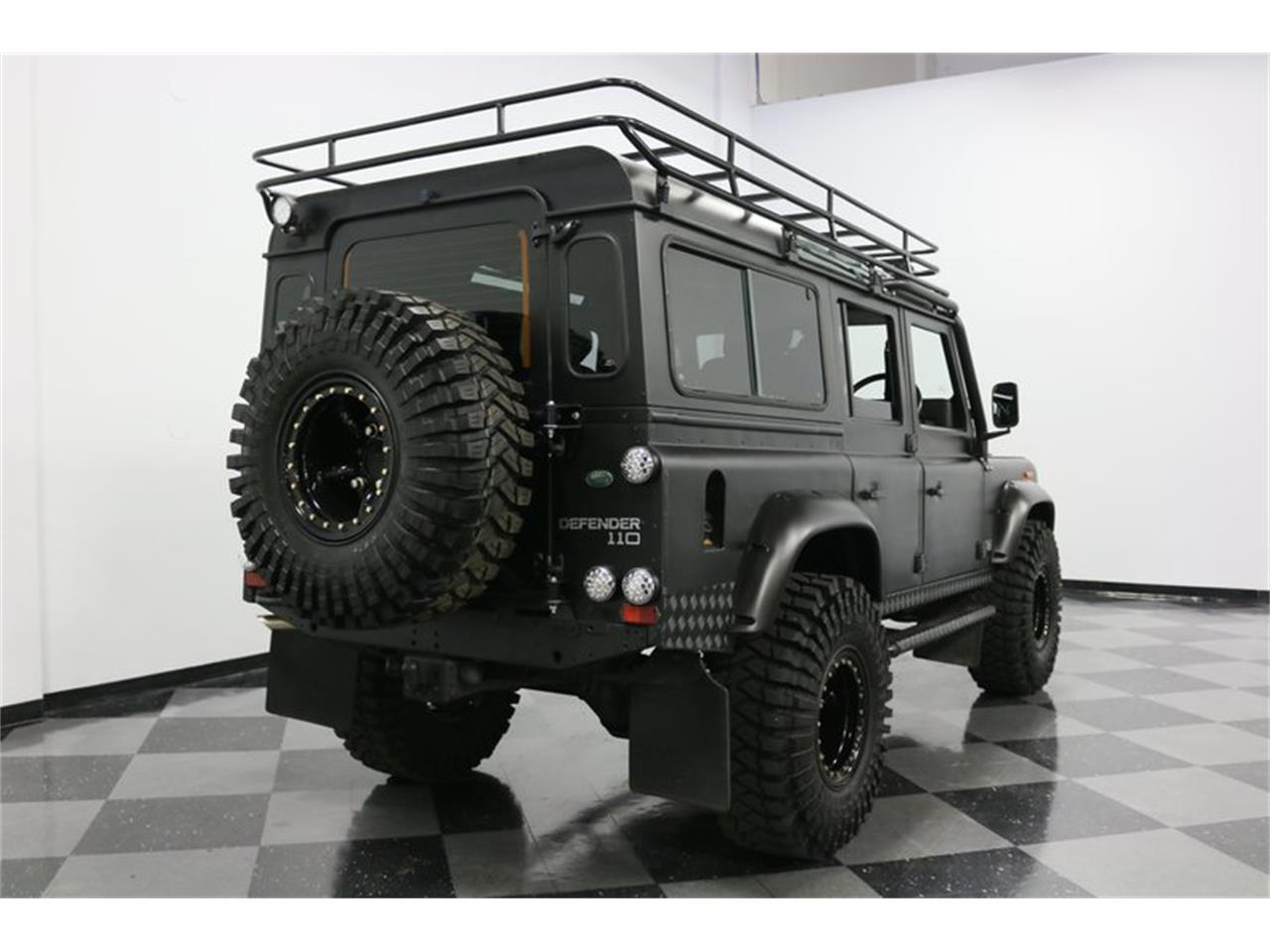Large Picture of '91 Land Rover Defender - $114,995.00 - PD5S