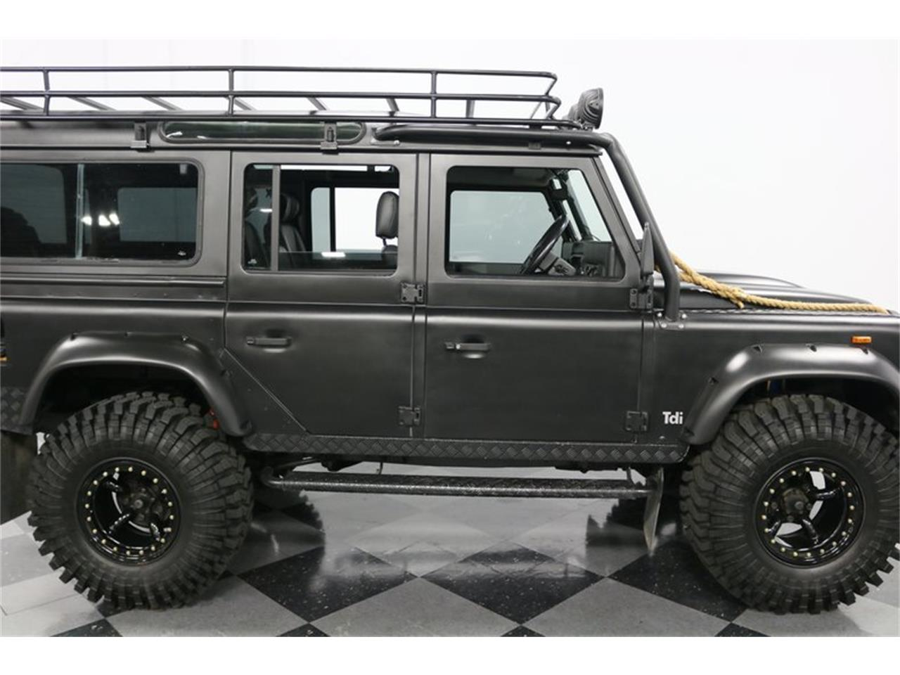 Large Picture of '91 Land Rover Defender located in Texas - PD5S