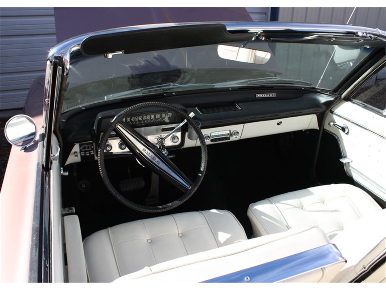 Large Picture of 1962 Buick Skylark Auction Vehicle Offered by Leake Auction Company - PDAZ