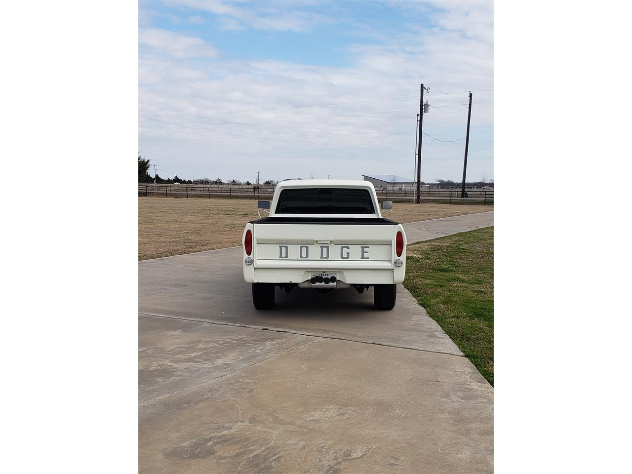 Large Picture of Classic 1970 Dodge D100 - PDDT