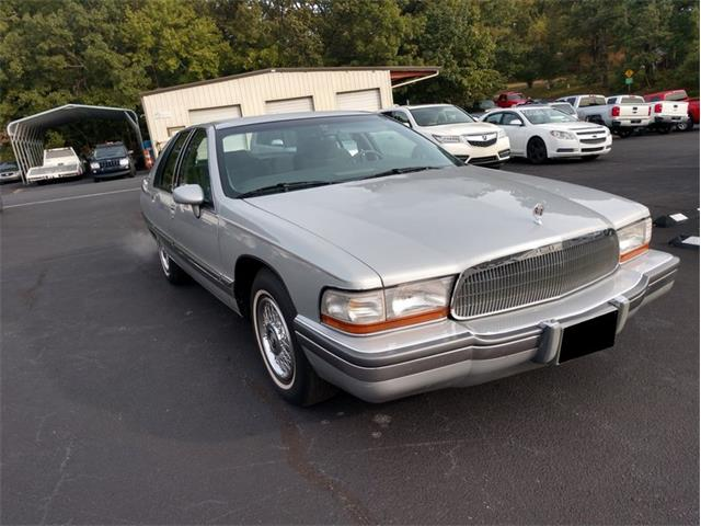 Picture of 1992 Buick Roadmaster - PDHA
