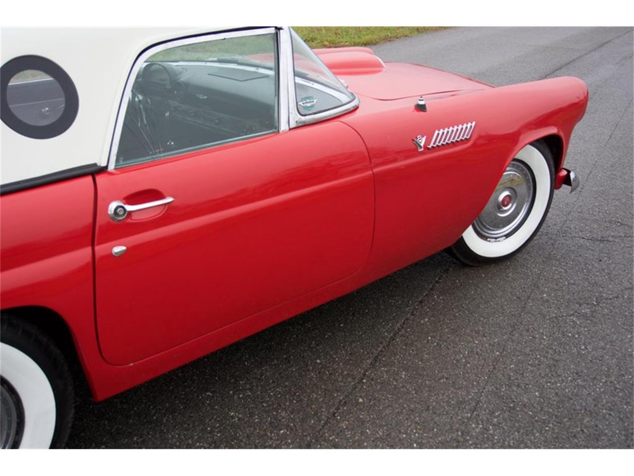 Large Picture of Classic '55 Ford Thunderbird Auction Vehicle Offered by GAA Classic Cars Auctions - PDHS