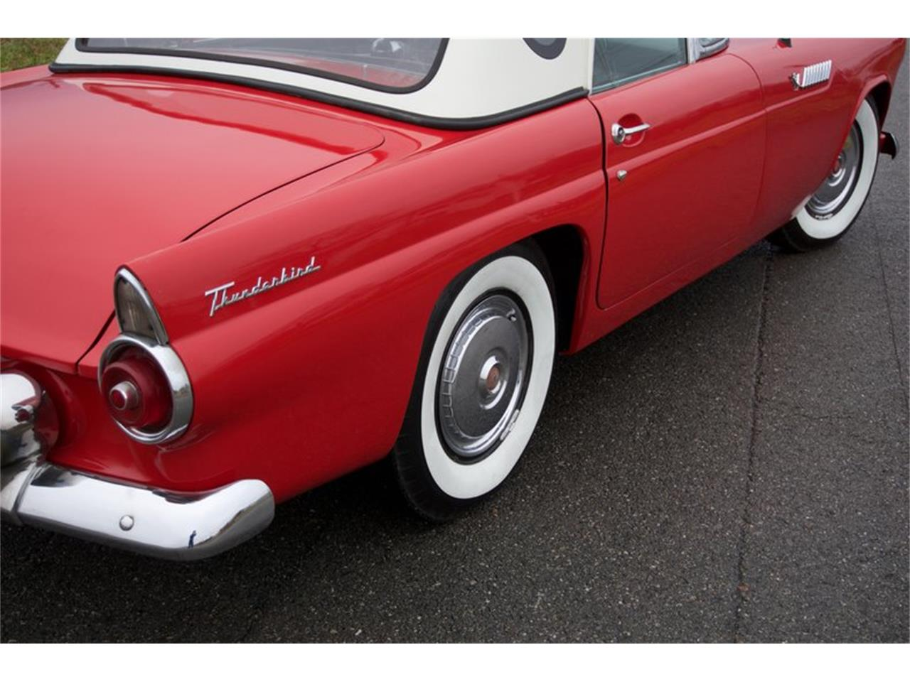 Large Picture of '55 Thunderbird Auction Vehicle Offered by GAA Classic Cars Auctions - PDHS