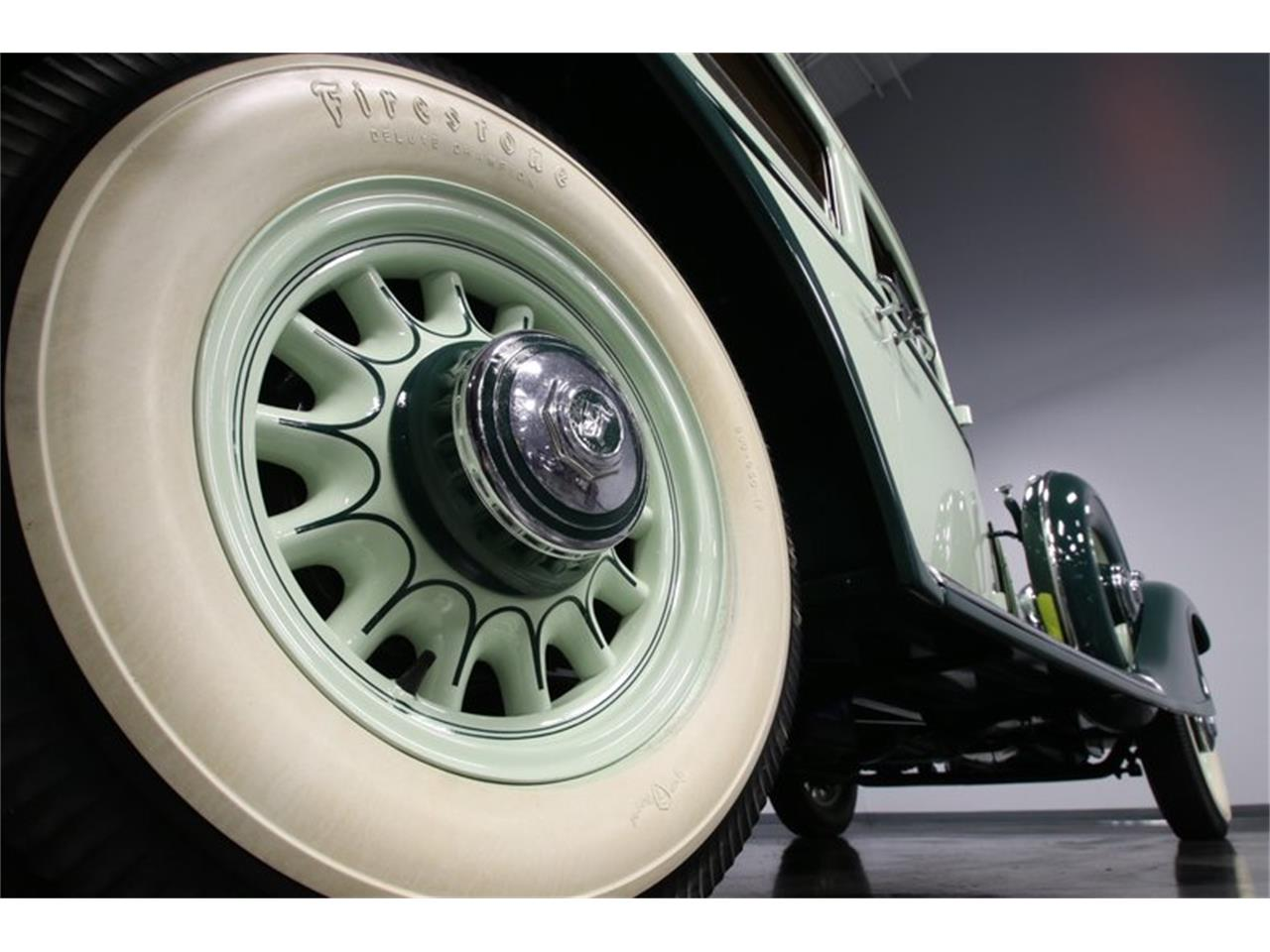 Large Picture of '33 Series 50 Offered by Streetside Classics - Charlotte - PDL1