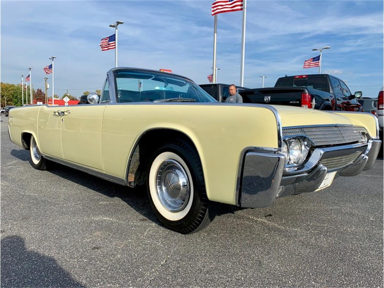 Large Picture of '61 Continental Offered by GAA Classic Cars Auctions - PATF