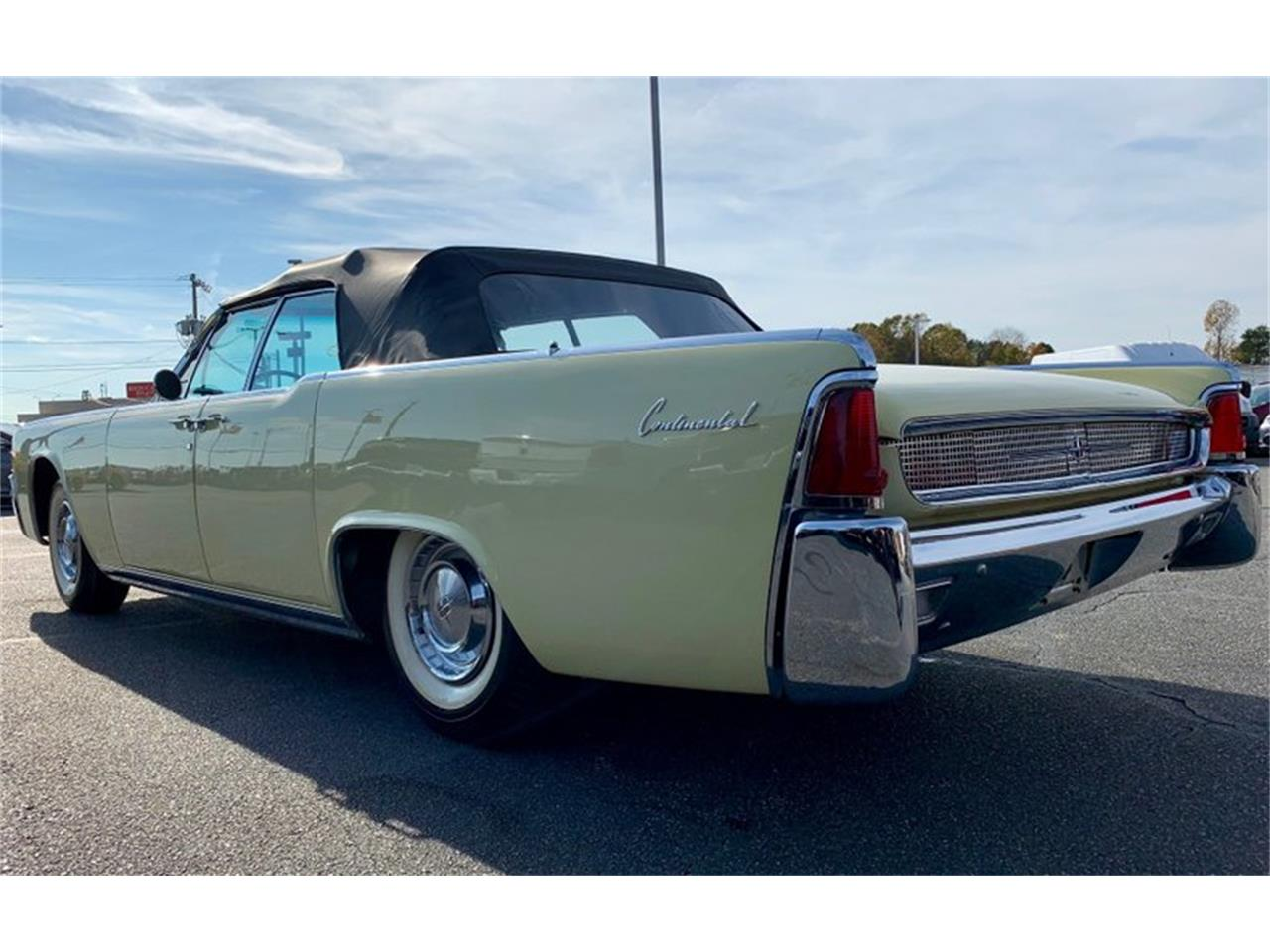 Large Picture of Classic '61 Lincoln Continental located in North Carolina Auction Vehicle Offered by GAA Classic Cars Auctions - PATF