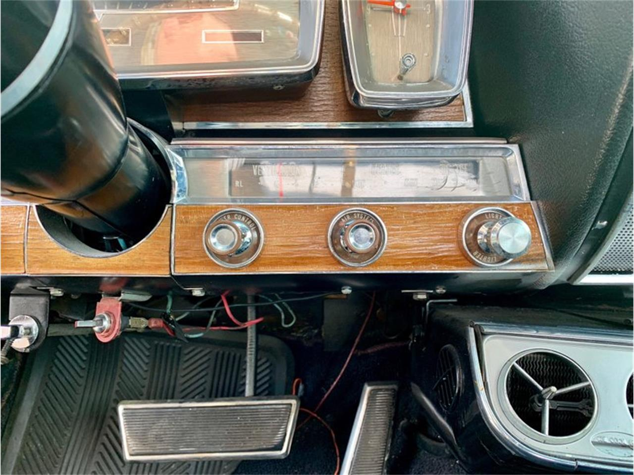 Large Picture of Classic 1961 Lincoln Continental located in Greensboro North Carolina Offered by GAA Classic Cars Auctions - PATF