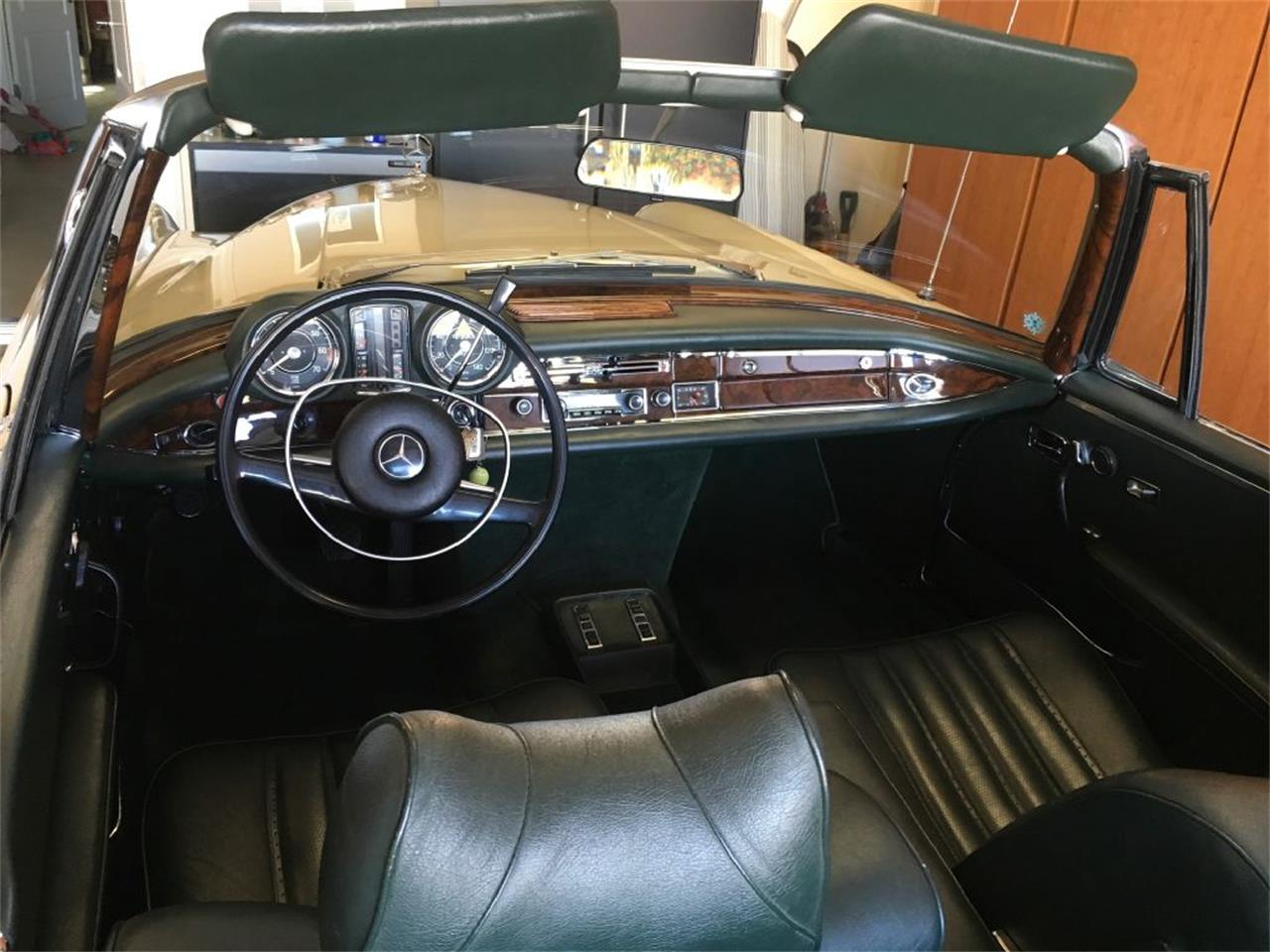 Large Picture of Classic '69 Mercedes-Benz 280SE Auction Vehicle - PDVB