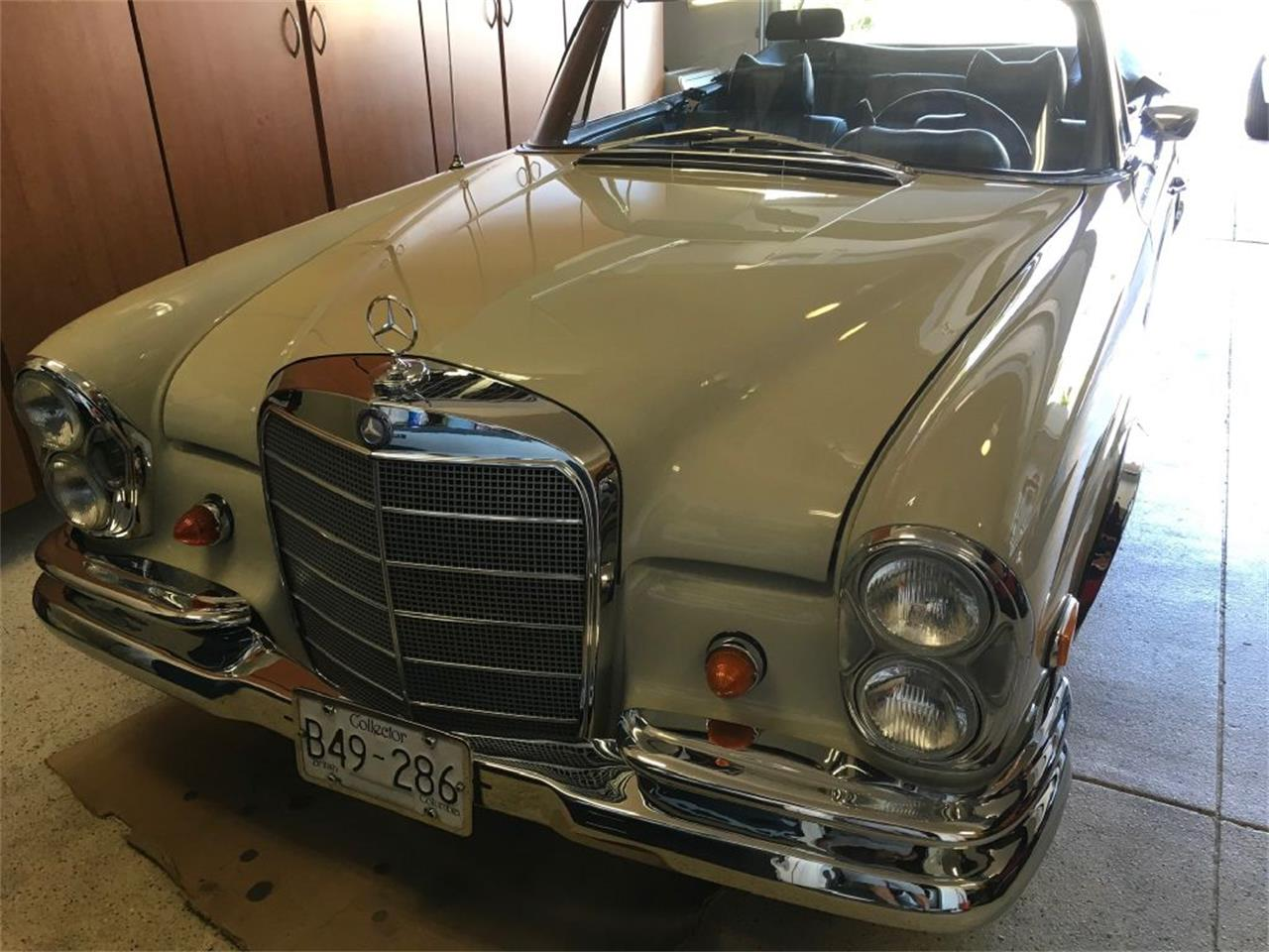 Large Picture of Classic '69 280SE located in California Offered by EG Auctions - PDVB