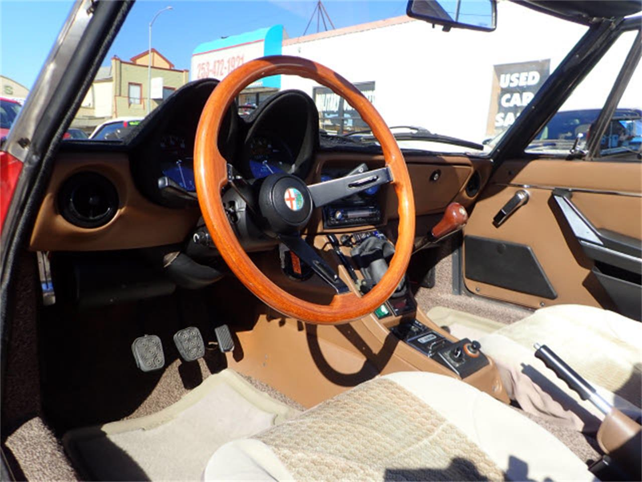 Large Picture of '83 Spider located in Washington - $10,990.00 - PE1H
