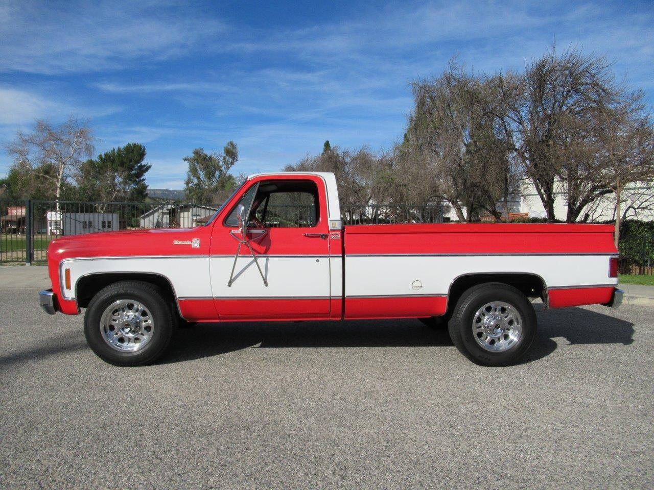 Large Picture of 1976 Chevrolet Silverado Offered by California Cars - PE2S