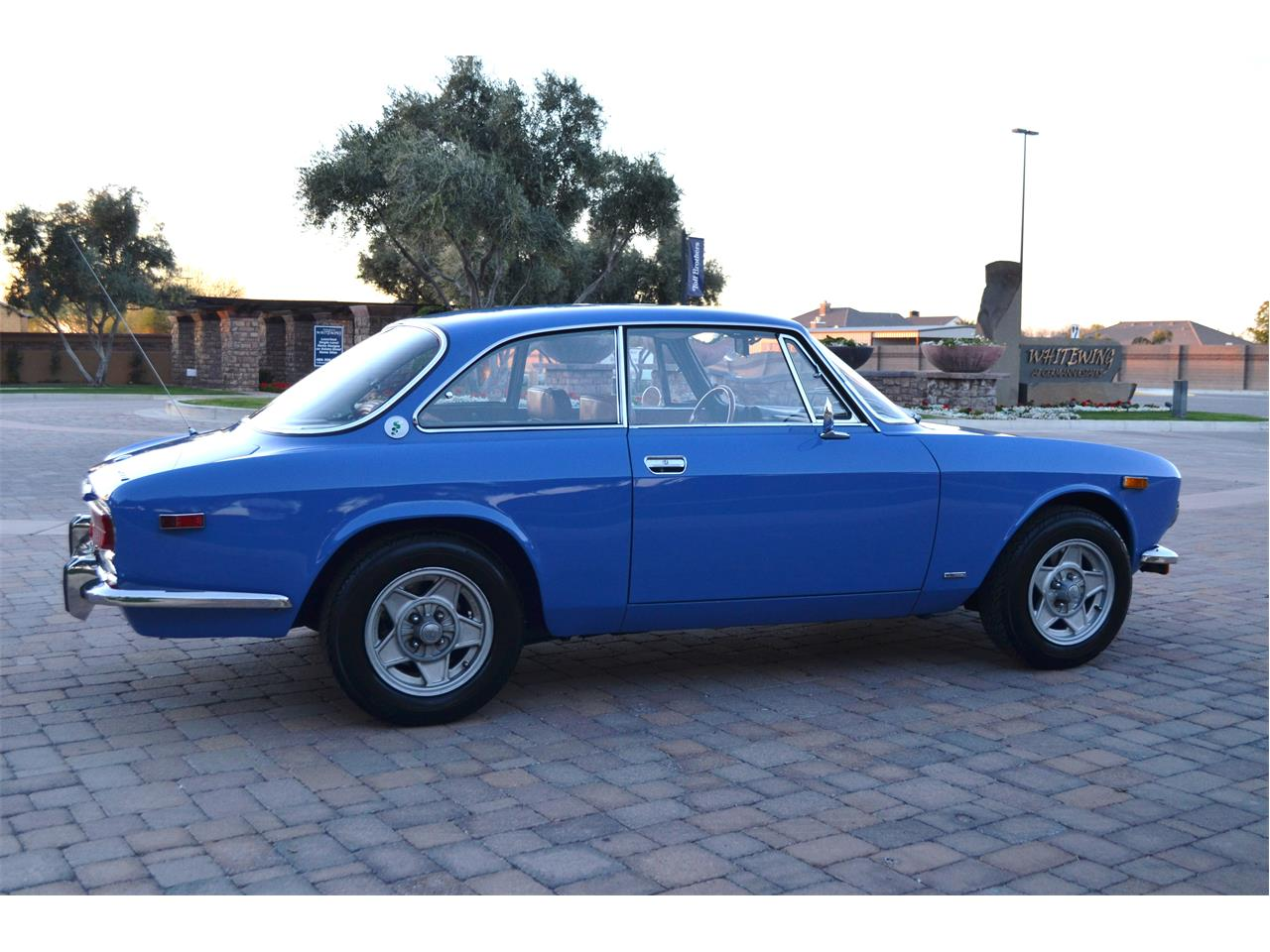 Large Picture of '74 2000 GT located in Chandler  Arizona - PE4O