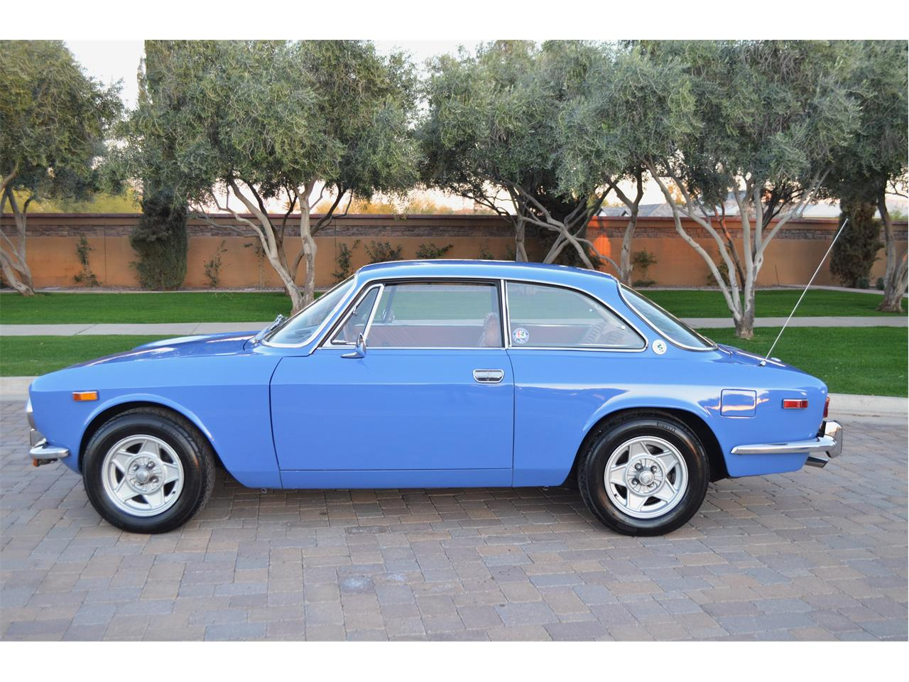 Large Picture of 1974 2000 GT located in Arizona Offered by European Motor Studio - PE4O