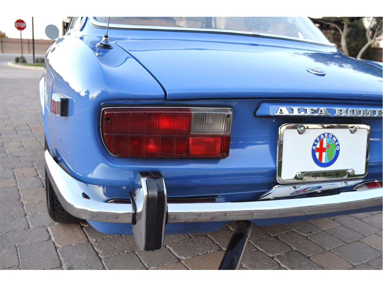 Large Picture of 1974 Alfa Romeo 2000 GT located in Arizona Offered by European Motor Studio - PE4O