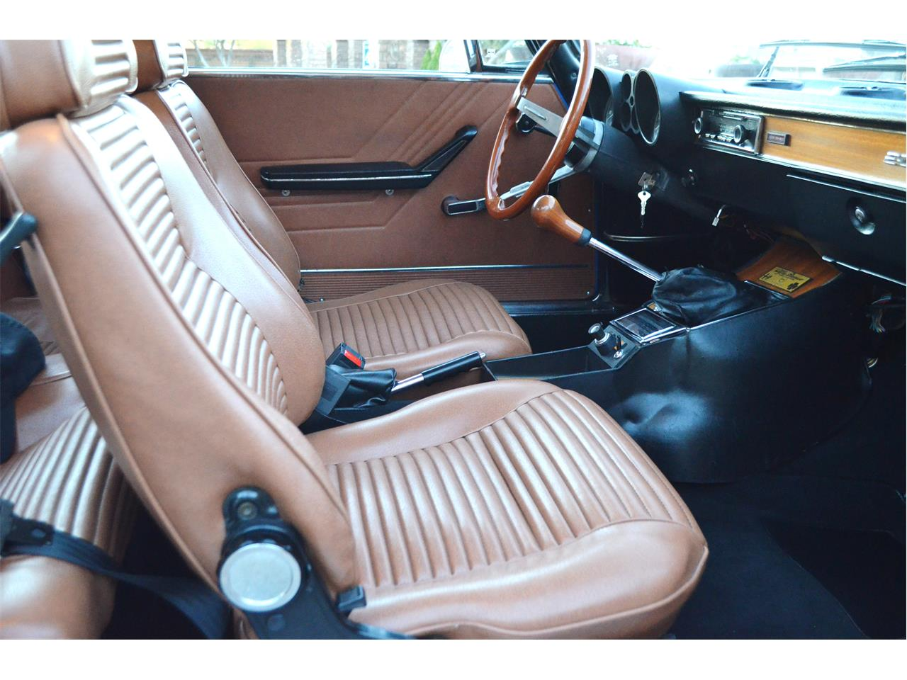 Large Picture of 1974 2000 GT - $54,995.00 - PE4O