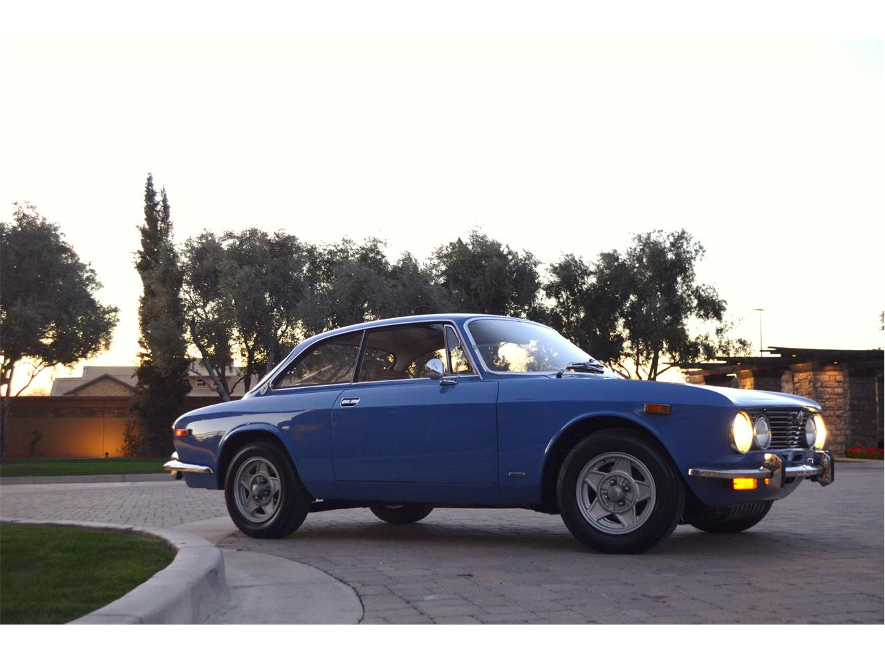 Large Picture of 1974 Alfa Romeo 2000 GT located in Chandler  Arizona Offered by European Motor Studio - PE4O