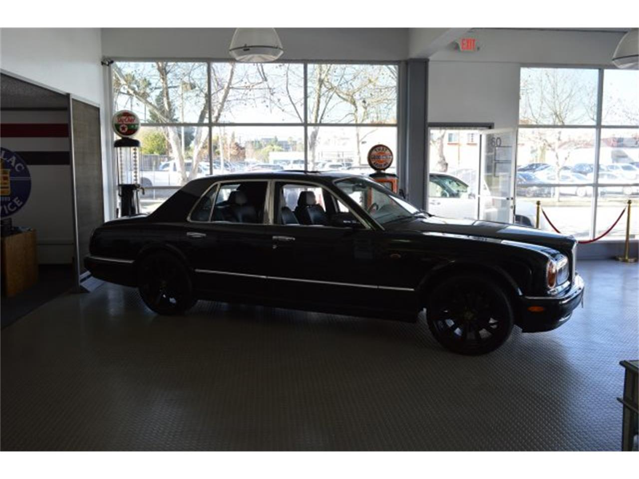 Large Picture of '99 Arnage located in California - $49,000.00 Offered by American Motors Customs and Classics - PE9B