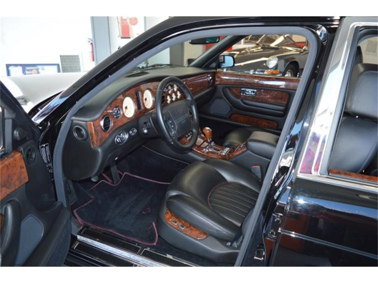 Large Picture of 1999 Arnage Offered by American Motors Customs and Classics - PE9B