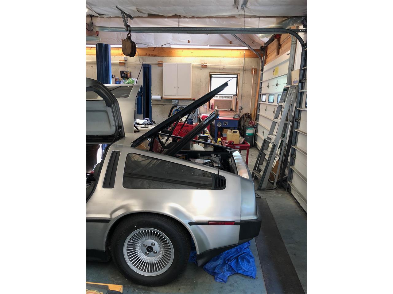 Large Picture of '82 DeLorean DMC-12 - PEC7
