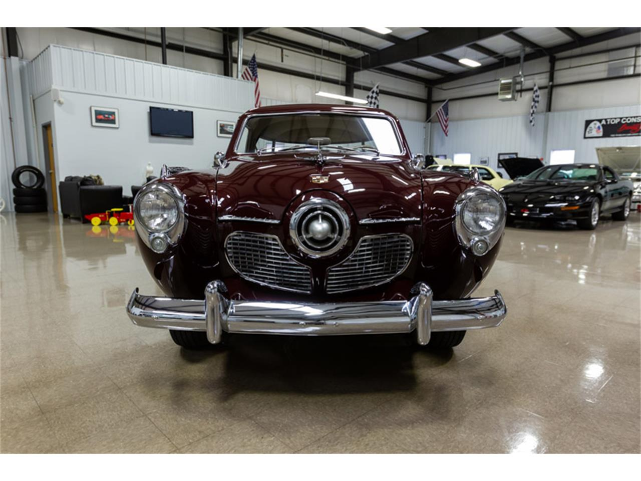 Large Picture of '51 Champion - PET1