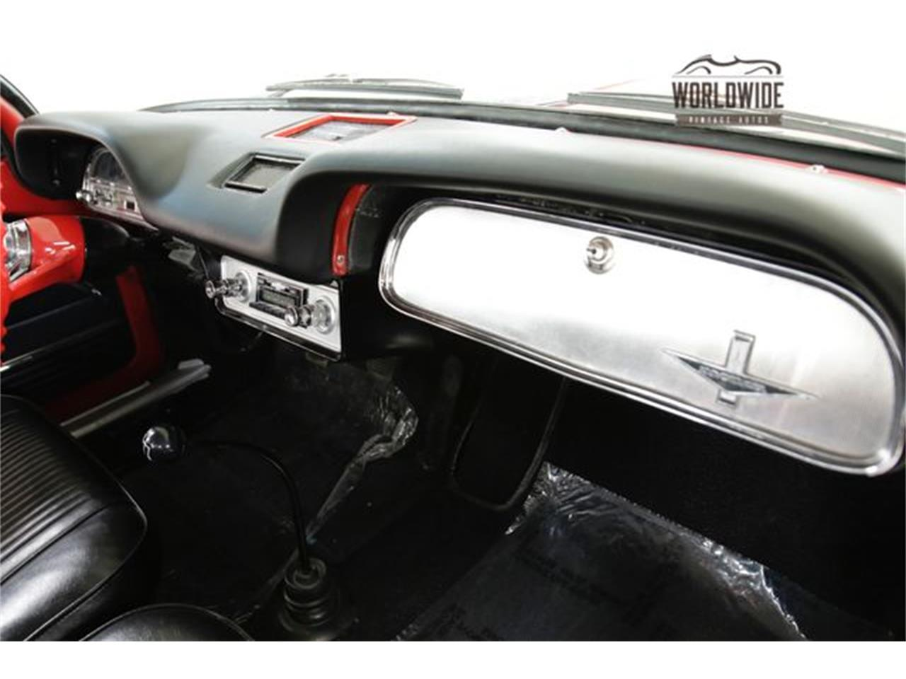 Large Picture of Classic '63 Chevrolet Corvair - $13,900.00 - PEW5