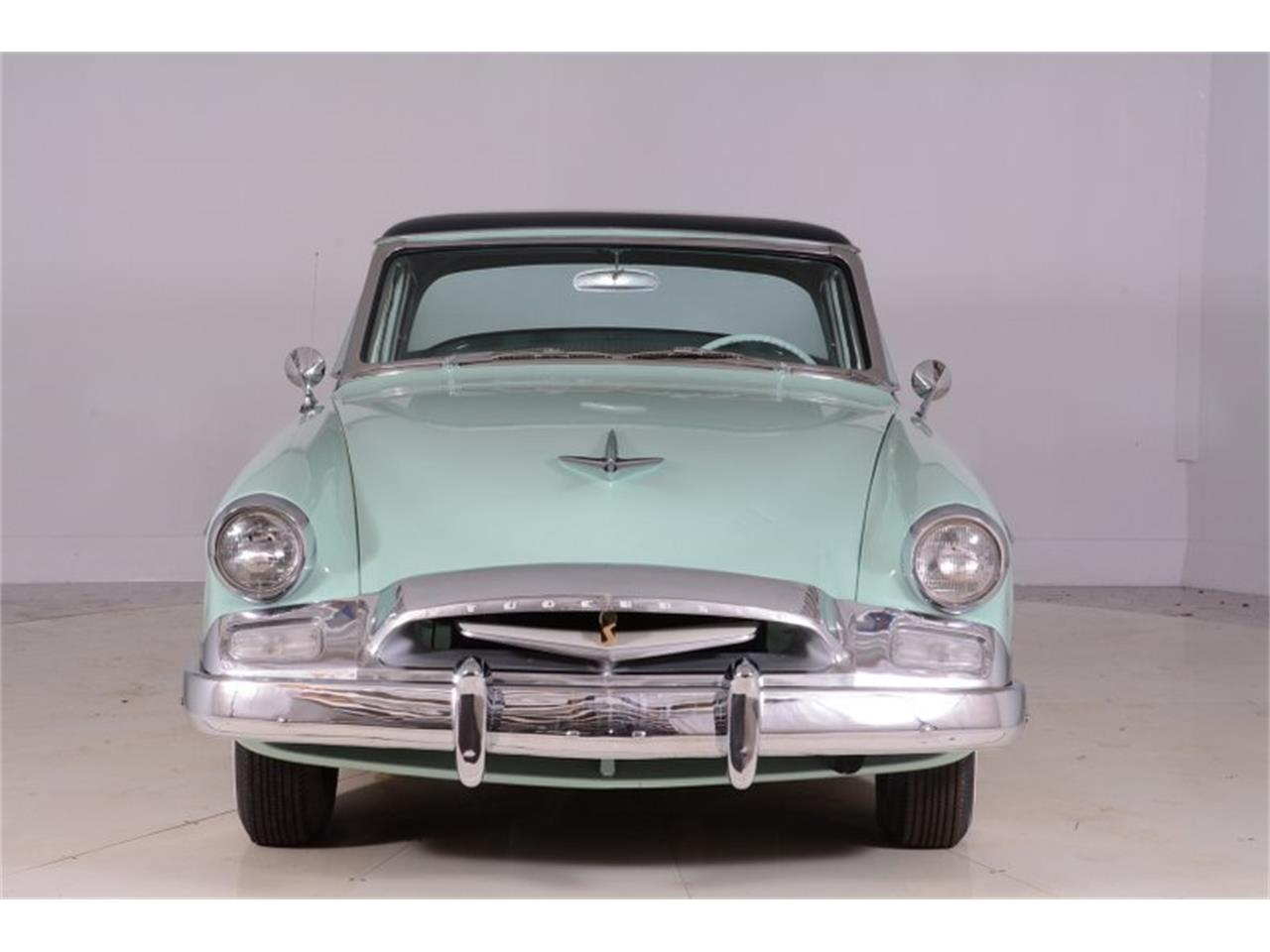 Large Picture of Classic 1955 Studebaker Commander located in Volo Illinois - $25,998.00 Offered by Volo Auto Museum - PEW6