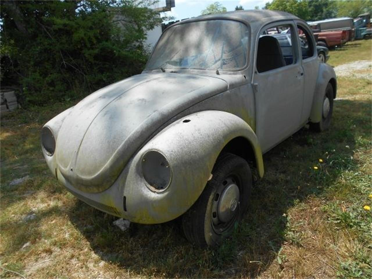 Large Picture of Classic '72 Volkswagen Super Beetle located in Cadillac Michigan - $8,995.00 Offered by Classic Car Deals - PEXN