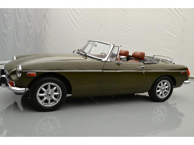 Picture of '74 MGB - PF2I