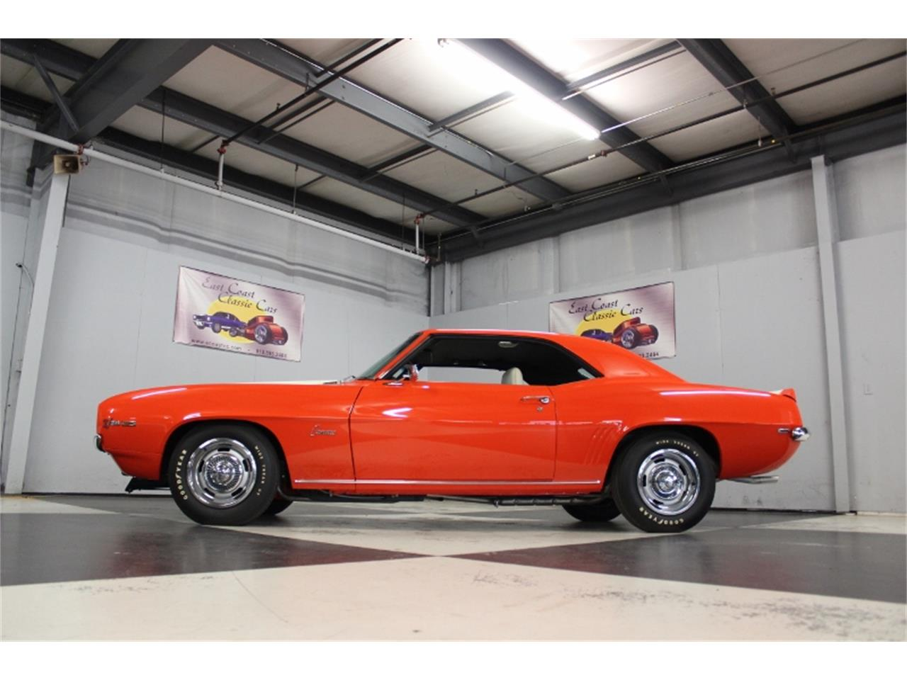 Large Picture of '69 Camaro Z28 - PF2V