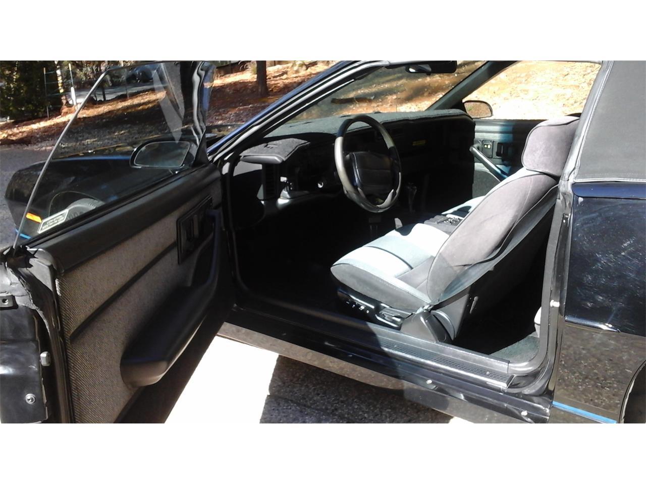 Large Picture of '90 Camaro IROC Z28 - PF3E