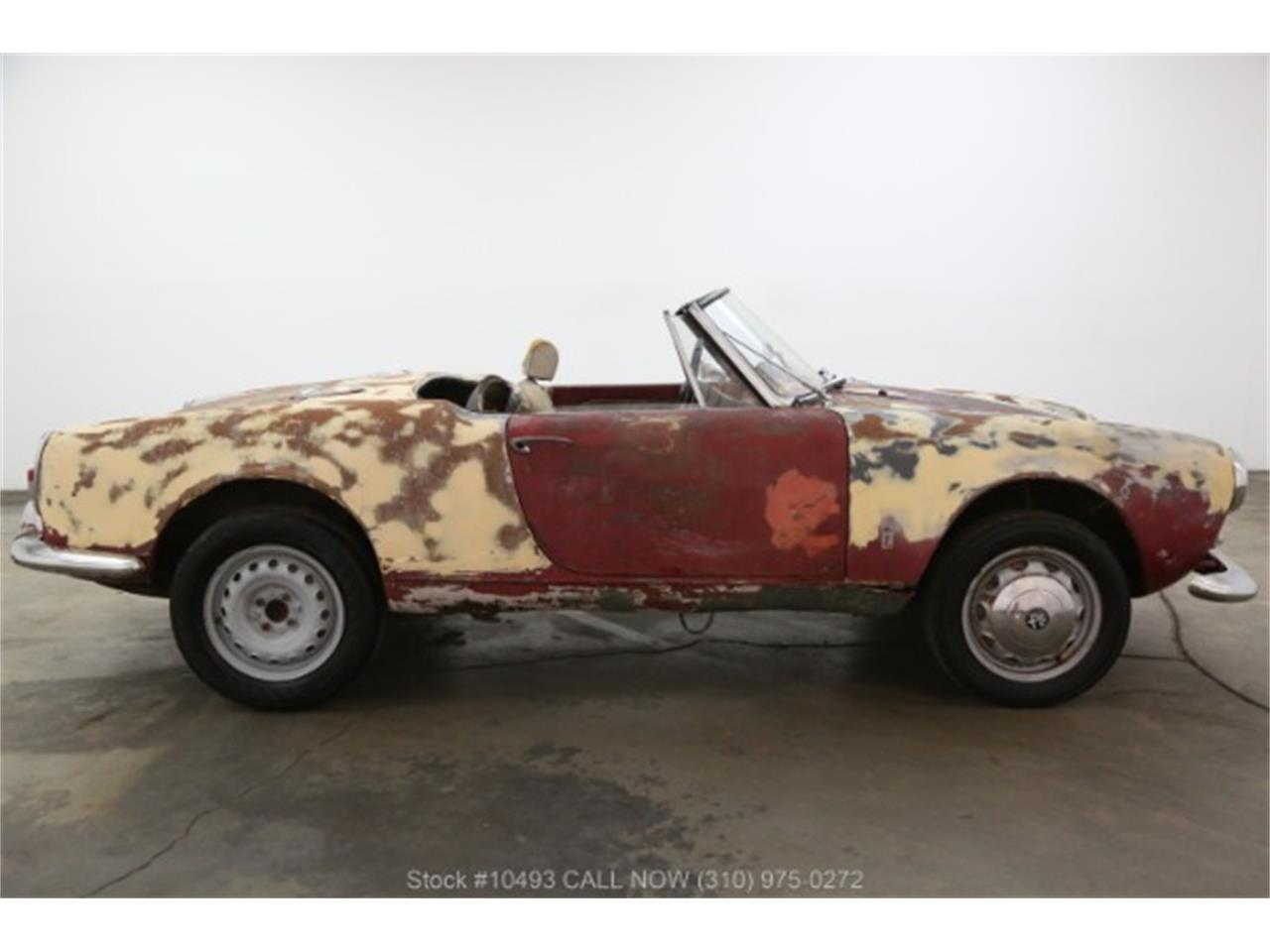 Large Picture of 1963 Alfa Romeo Giulietta Spider located in Beverly Hills California - $16,750.00 - PF4C