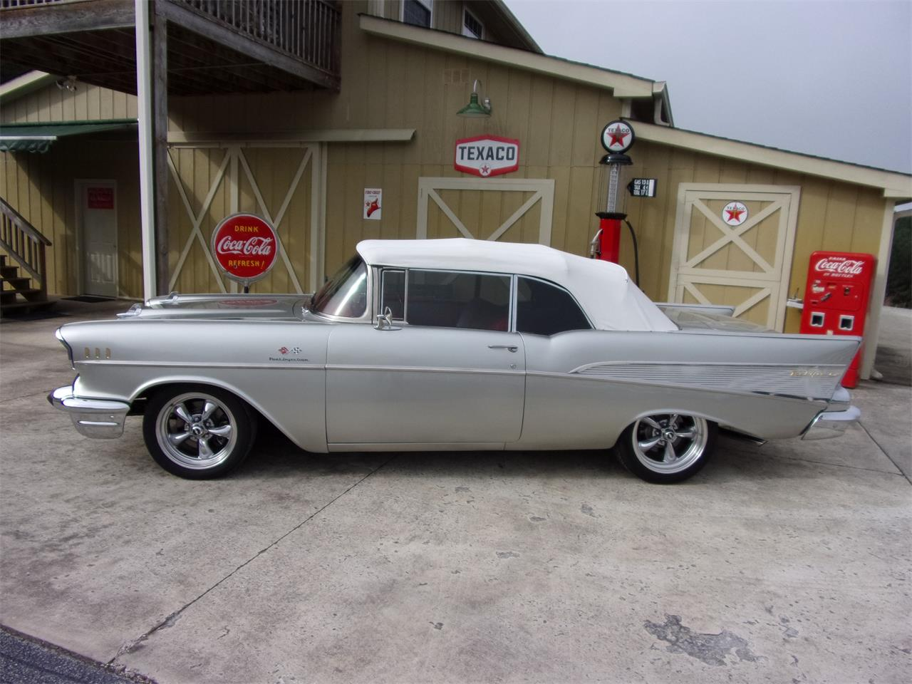 Large Picture of '57 Chevrolet Bel Air located in Tennessee - PFA8