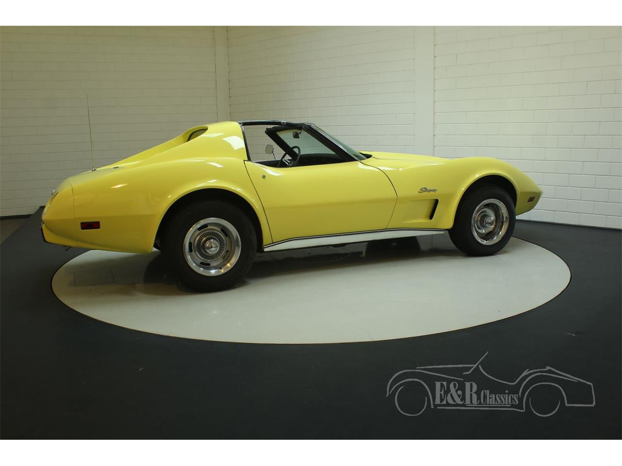 Large Picture of '74 Chevrolet Corvette Offered by E & R Classics - PFBT