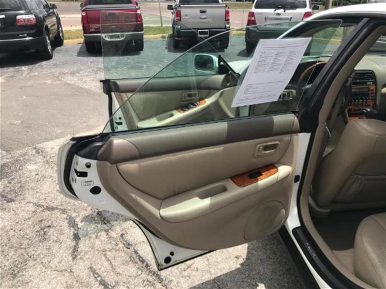 For Sale: 2000 Lexus ES300 in Tavares, Florida