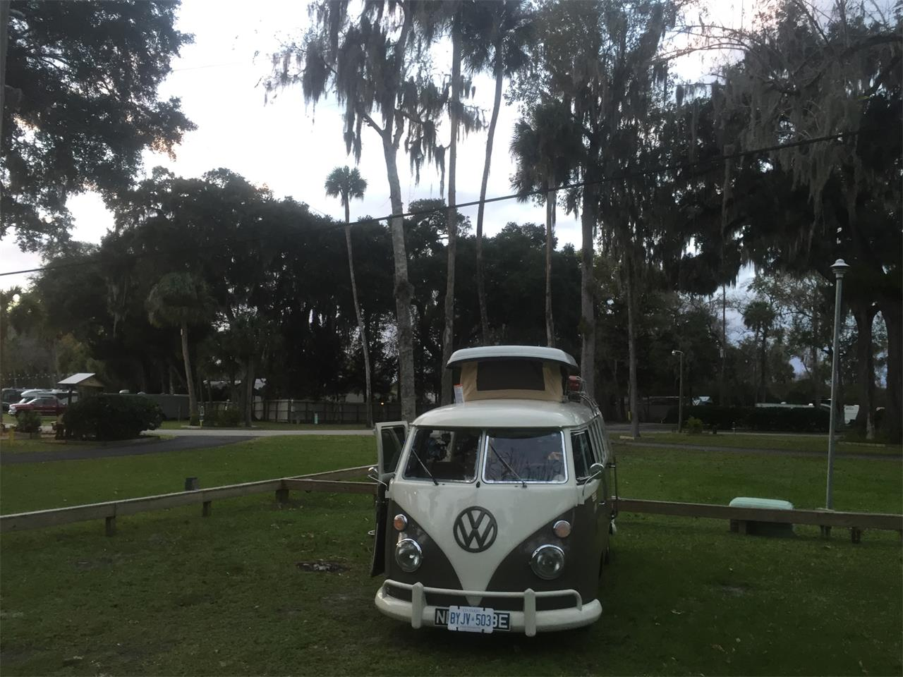 Large Picture of '67 Volkswagen Camper located in Ontario - $50,000.00 - PFHI