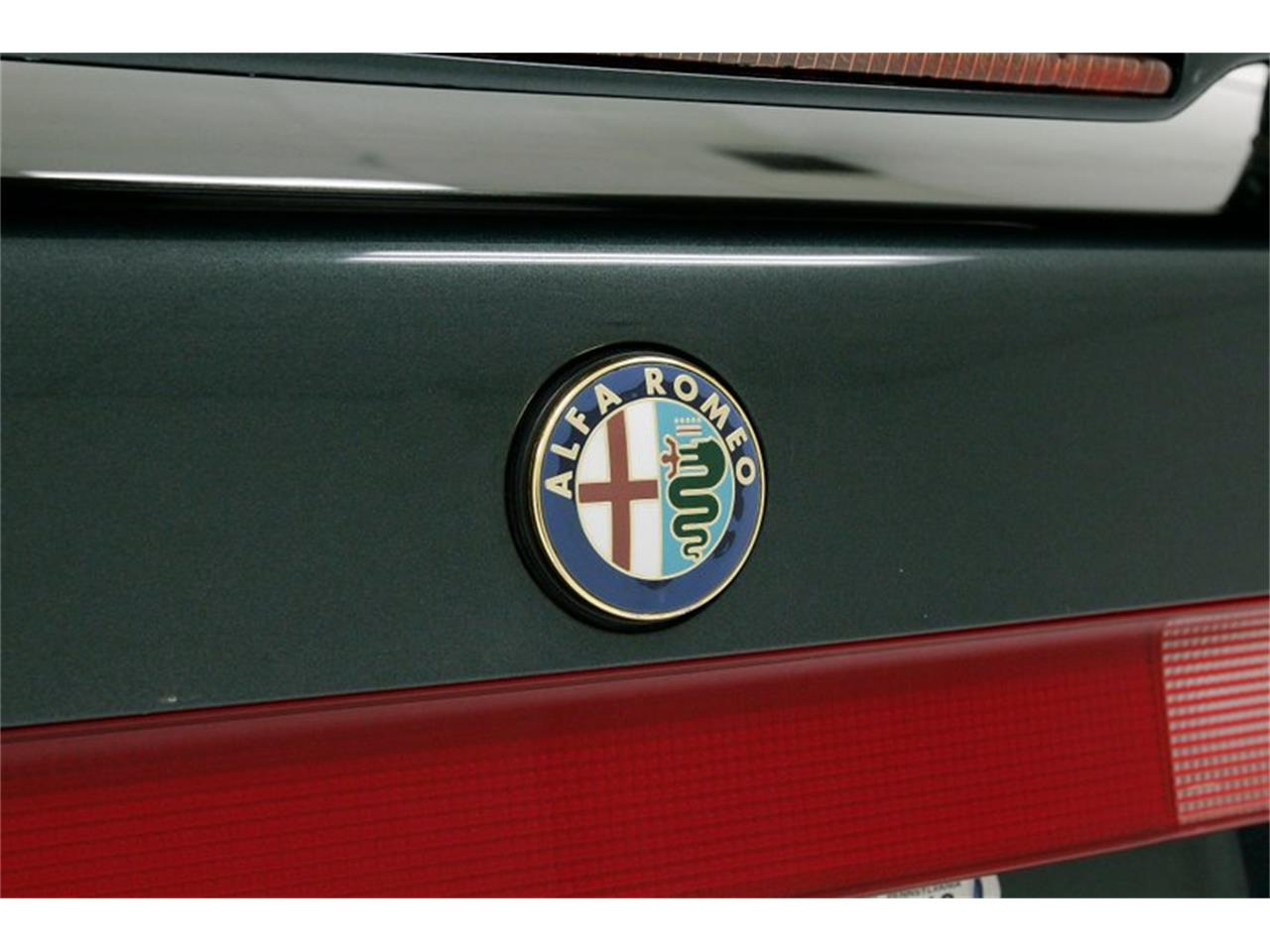 Large Picture of '95 Alfa Romeo 164 Auction Vehicle - PFJN
